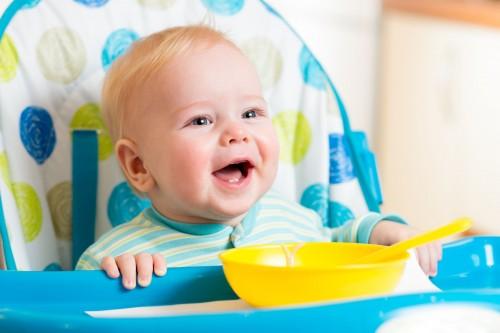 Перевод малыша на прикорм