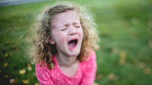 Что делать если у ребёнка истерика